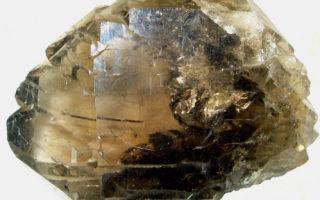 Раухтопаз — дымчатый кварц, лечебные и магические свойства камня, фотогалерея минерала и изделий с ним