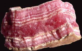 Камень Родонит — свойства и кому подходит