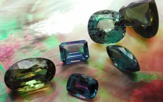 Александрит и аметист называют вдовьими камнями, так это или нет и почему