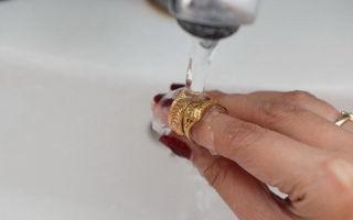 Как самостоятельно очистить золото от йода — народные способы чистки, секреты и советы