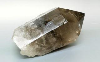 Камень раухтопаз: особенности минерала, магические и лечебные свойства, кому он подходит?