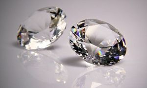 Драгоценный камень Фианит — необычные свойства и кому подходит