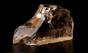 Топаз — кому подходит камень и его свойства