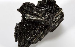 Чёрный турмалин или шерл — свойства магического камня, его описание