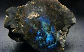 Камень лабрадор: лечебные и магические свойства камня, правила подбора и ношения минерала
