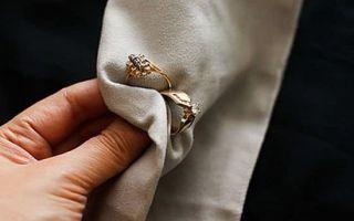 Как почистить золотые украшения с камнями в домашних условиях — подробное описание самых бережных и эффективных методов очистки