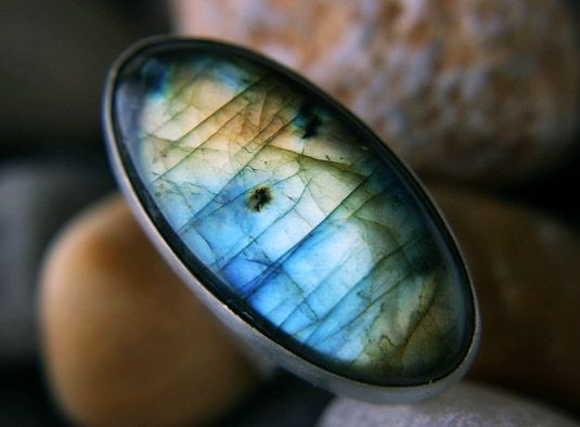 Использование камня