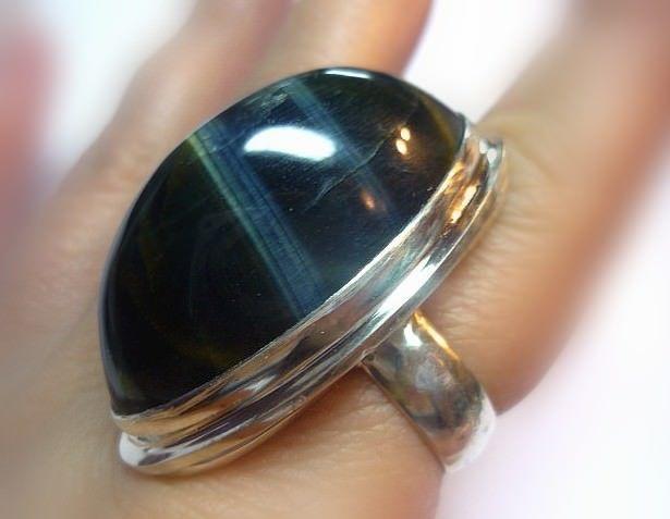 кольцо с кошачьим глазом