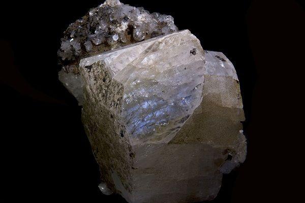 Таинственный лунный камень