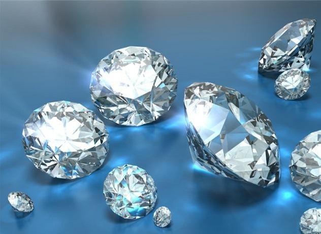 Фианит каковы свойства камня кому подходит драгоценный ли он